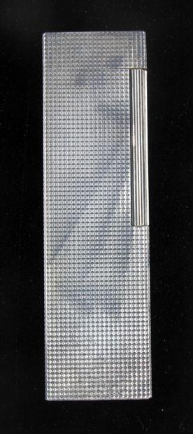 St DUPONT  Briquet de table en métal argenté...