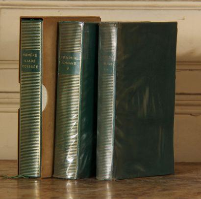 LA PLEIADE  Trois volumes