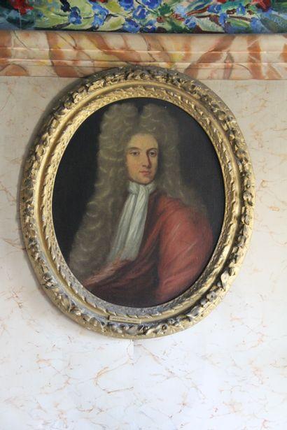 Ecole anglaise du XVIIIème s.  Portrait d'homme...