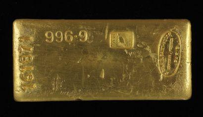 *Un lingot en or Caplain Saint André n°161871,...