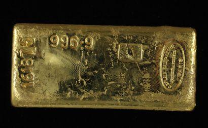 *Un lingot en or Caplain Saint André n°161876,...