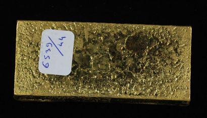 *Un lingot en or Caplain Saint André n°161881, pds : 996,9 g.
