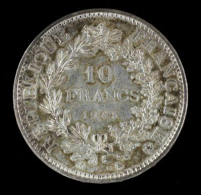 Trente cinq pièces de 50 FF et une pièce de 10 FF Hercule en argent