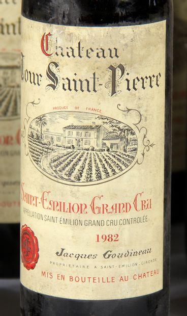 16 b. château TOUR SAINT PIERRE 1982