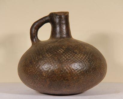 Vase globulaire  Culture préhispanique  Pérou...