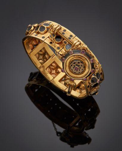 *Bracelet articulé en or jaune 585 millièmes,...