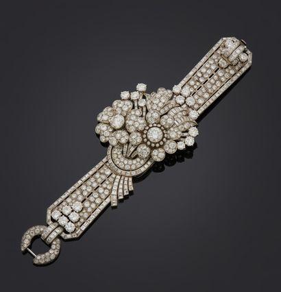 *Bracelet articulé en or gris 750 millièmes...