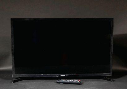 *SAMSUNG  Téléviseur modèle n°UE32T4305A...