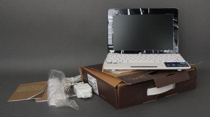 *ASUS  Une Eee PC modèle 1015CX usagé dans...
