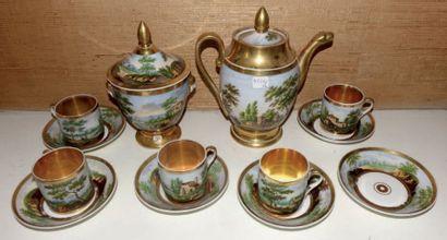 Partie de service à thé en porcelaine de...