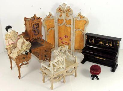 Salon bureau avec piano – siège vis-à-vis...
