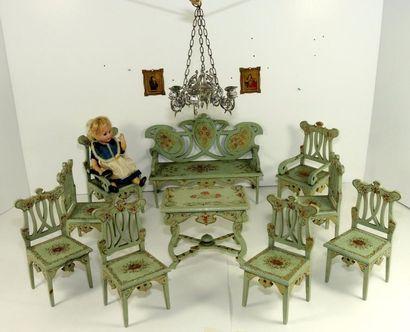 Mobilier de salon en bois peint et décoré...