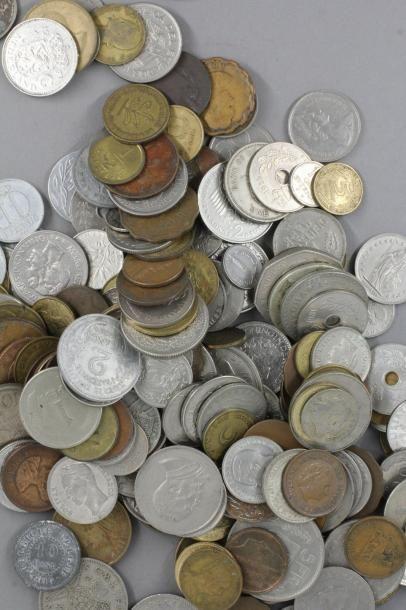 Lot de pièces divers