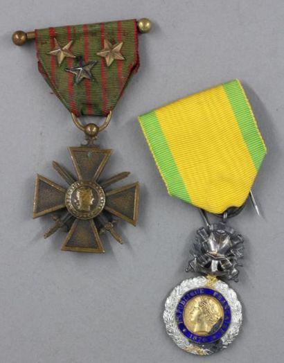 *Croix de guerre 14-18 deux étoiles de bronze...