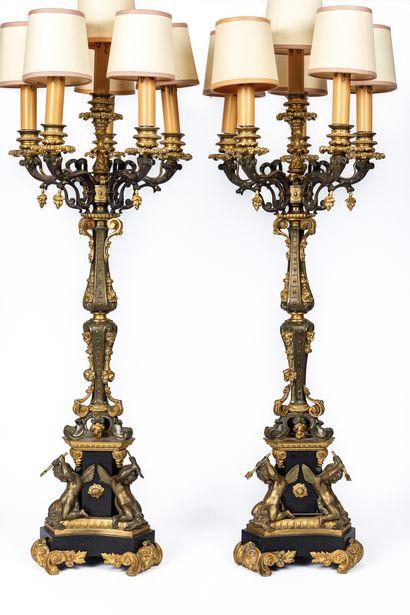 Paire d'importants candélabres à six lumières...