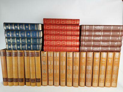 Lot d'encyclopédies et séries de livres sur...