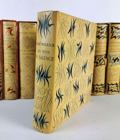 Ensemble de douze volumes NRF à belles couvertures comprenant :  - Marcel PAGNOL....