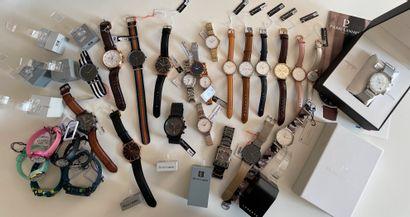 * Important lot de montres neuves pour la...