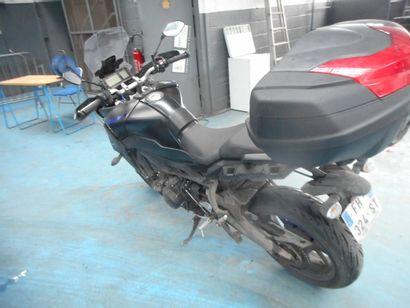 MTT2 YAMAHA TRACER900 SOLO de couleur noire  Carburant : ES  Puissance Administrative...