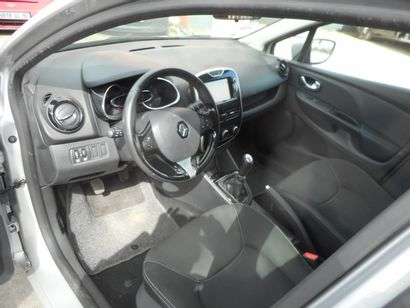 VP RENAULT Clio CI de couleur Grise  Carburant : ES  Puissance Administrative :...