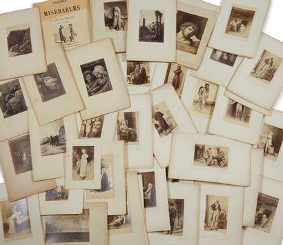 * Lot de photographies, gravures et reproductions...