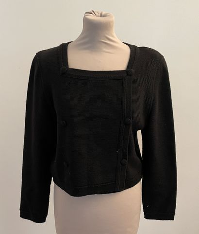 RODIER  Gilet en laine et acrylique noir.  T. 42  Largeur aux épaules 40, longeur...
