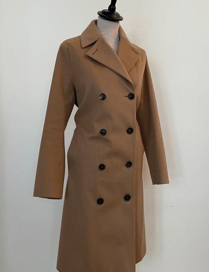 MACKINTOSH  Trench coat en laine beige.  T....