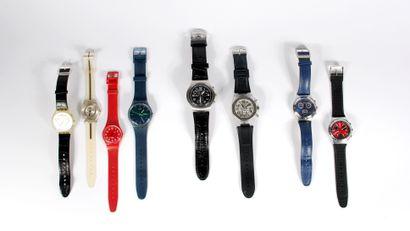 Ensemble comprenant sept montres bracelet...