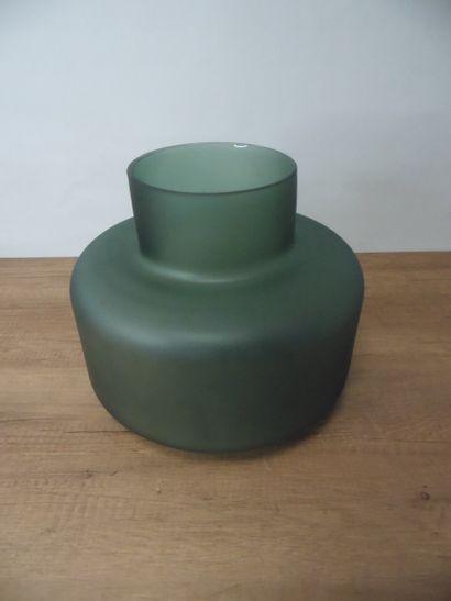 3 x Beau vase en verre vert H25,5cm D30cm...