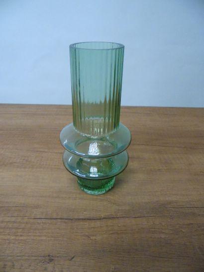 11 x Vase en verre vert H22 cm D10,5cm  Prix...