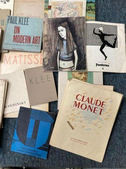 [Monographies]. [Monographies]. Lot d'ouvrages sur les oeuvres des artistes comprenant...