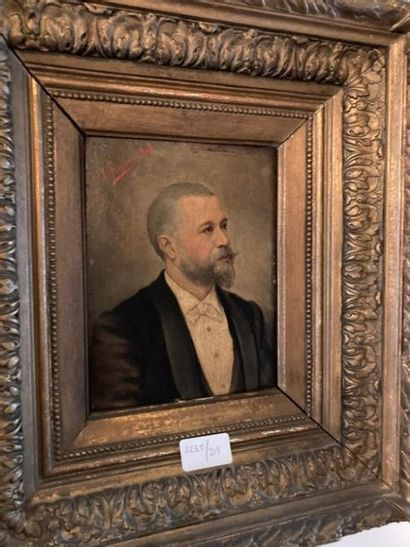 L. ROGUES. Portrait d'homme, 1894. Huile...