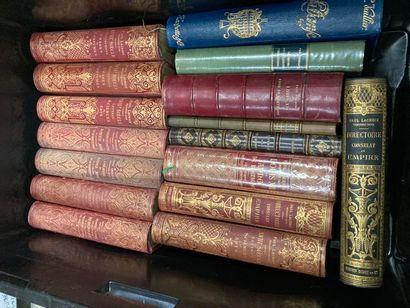 [Arts]. LOT de trois caisses de documentations et de livres reliés et brochés