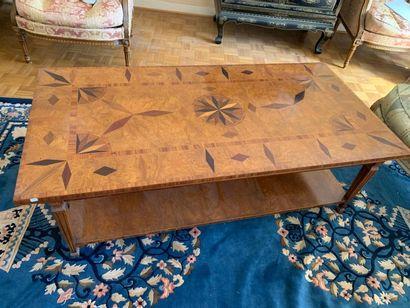 TABLE DE SALON rectangulaire en bois de plaquage...