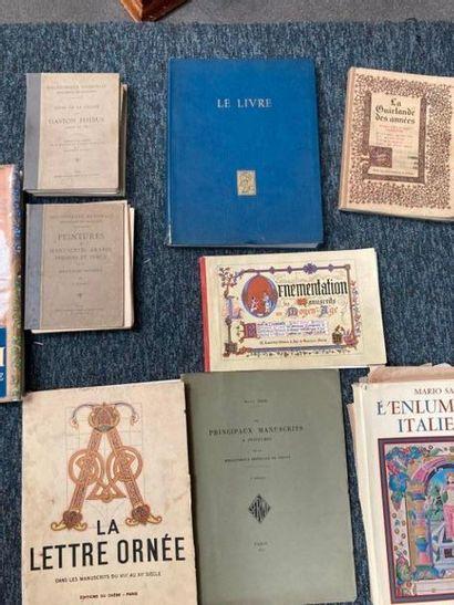 [Documentation. Livres & Manuscrits]. [Documentation. Livres & Manuscrits]. Lot d'ouvrages...