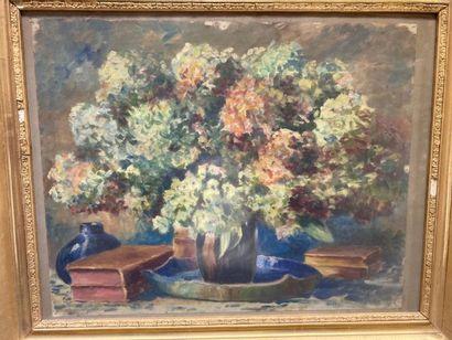 ECOLE MODERNE. Bouquet d'hortensias dans...