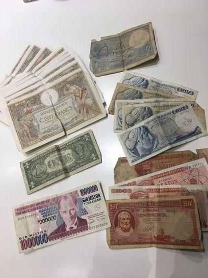 LOT de billets Francs soyeux améliorant la...
