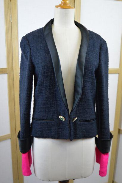 CHANEL  Veste à manches longues en tweed...
