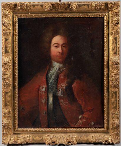 École FRANÇAISE vers 1720.  Portrait d'homme...