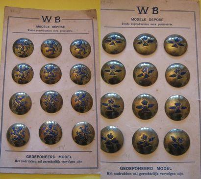 Carte de 12 boutons bombés. Marque déposée...
