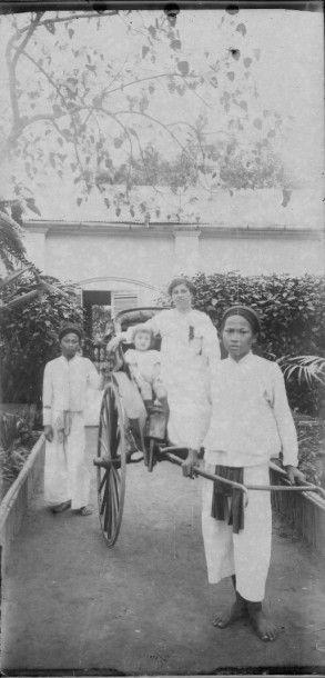 CAMBODGE, vers 1919.  Art Khmer, vues de...