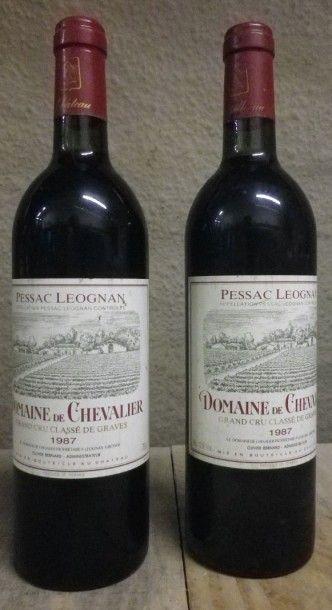 2 Bouteille Domaine Domaine de Chevalier,...
