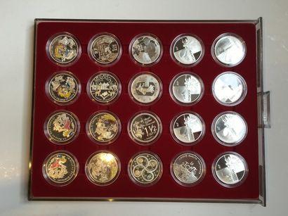 Ensemble de pièces commémorative en argent...