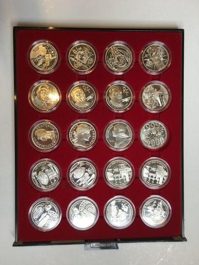 Ensemble de pièces de 2000 en argent :  Série...