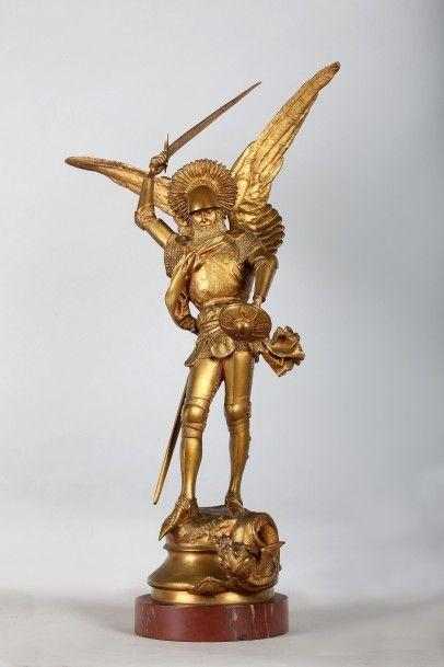 FREMIET Emmanuel (1824-1910). Saint Michel. Bronze à patine dorée, épreuve ancienne...