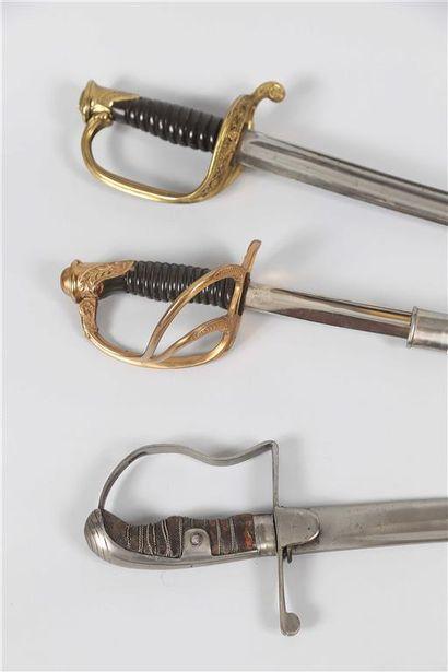 Sabre d'officier d'infanterie, modèle 1845-1855,...