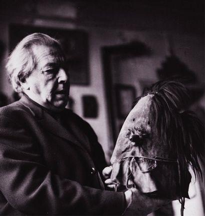 Paul Almasy (1906-2003) André Breton chez lui, 42 rue Fontaine, Paris, octobre 1962....