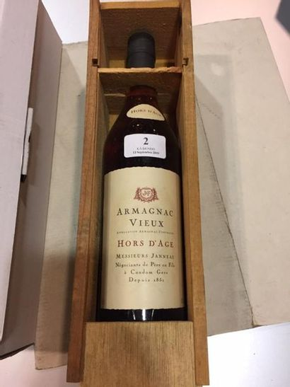 1 bouteille d' Armagnac Vieux Hors d'age...