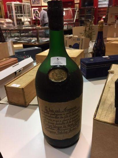 1 magnum Vieil Armagnac Réserve unique de Herve Bétuing, 1949. Coffret . (Niveau...