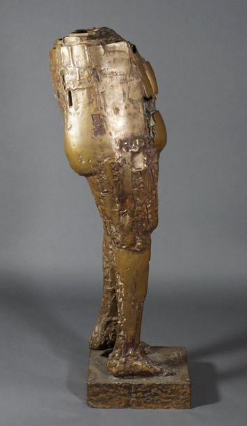 CESAR (1921-1998). Nu de la belle de mai, 1957 (le fer). Bronze à patine naturelle....